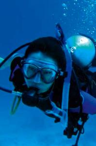 Woman_Diver
