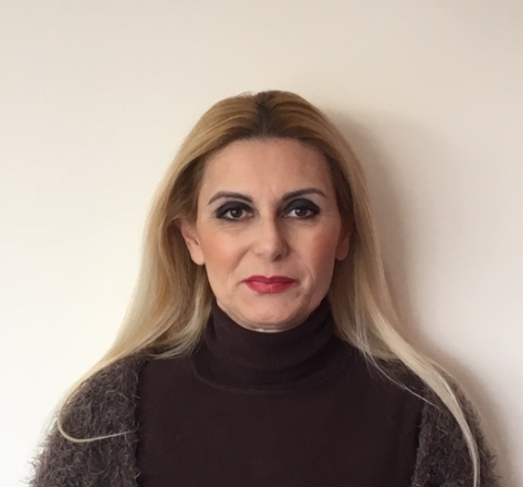 Στέλλα Σαρακατσιάνου